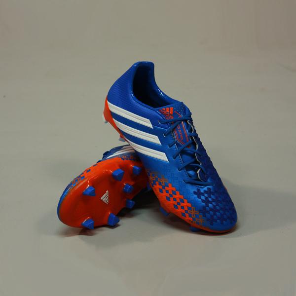 junior-voetbalschoenen