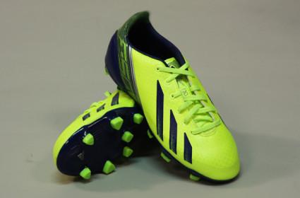 kinderen-voetbalschoenen